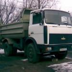 МАЗ 5551 (самосвал) ТТХ-8,9мх2,2м0,7м цена 600р.  за 1 час (мин. 4 часа)